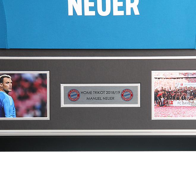 Framed Jersey Neuer