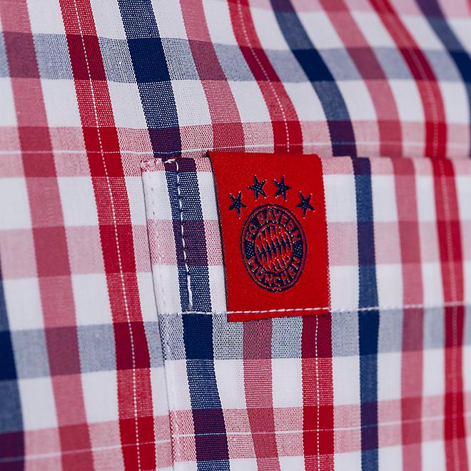 Camisa a cuadros con escudo