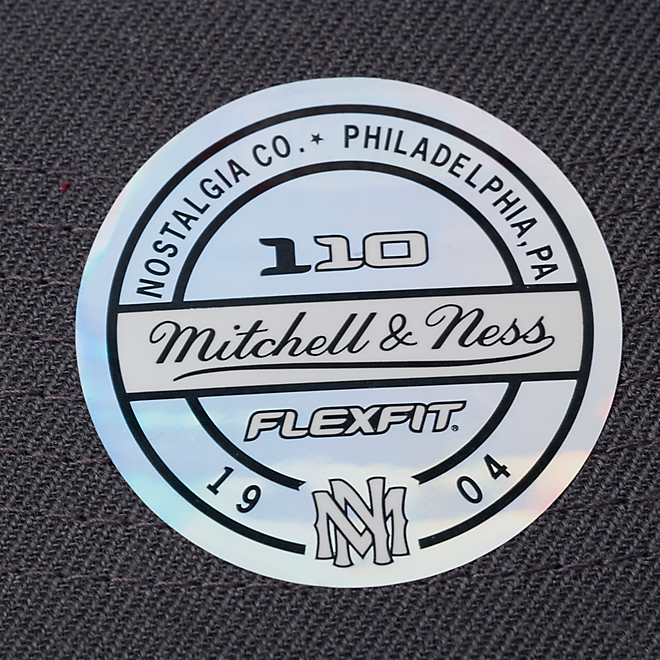 M&N Snapback Red Badge