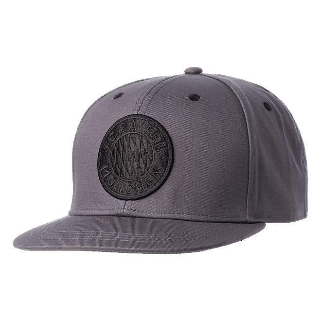 Snapback Cap Emblem