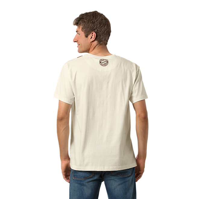 T-Shirt Tracht